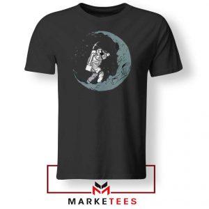 Astronaut Digging Moon Black Tshirt